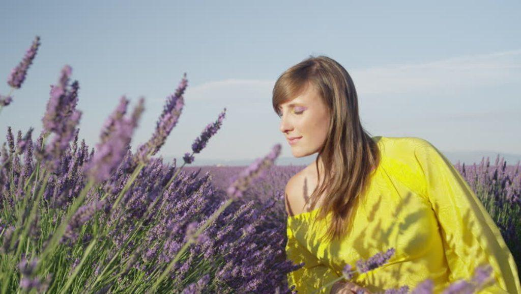 Aceite de espliego en la aromaterapia