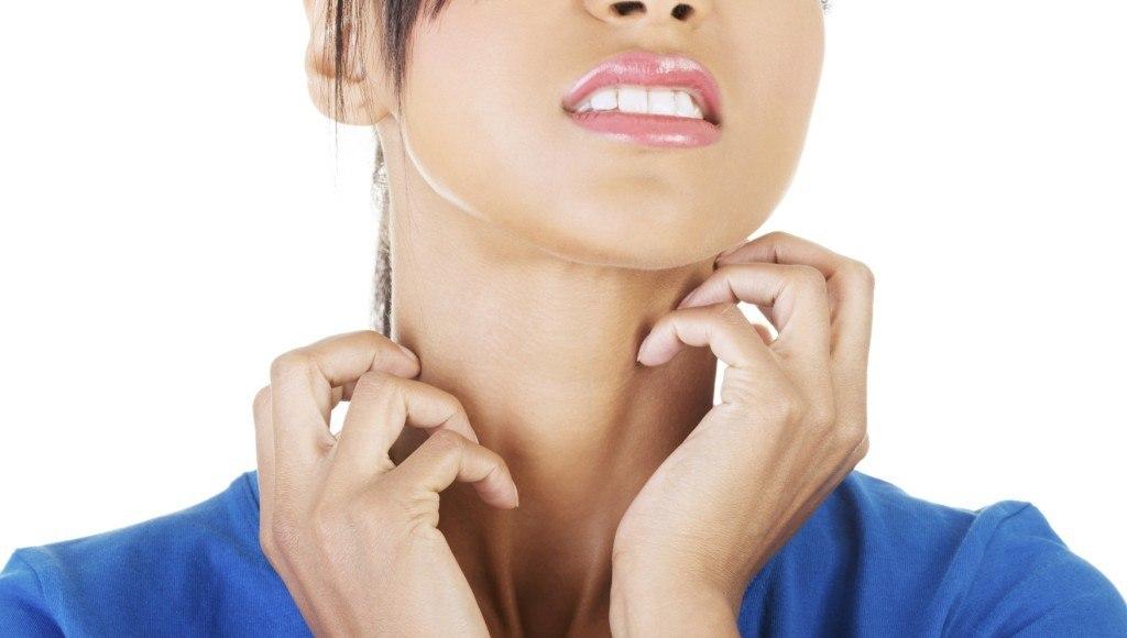 ¿Cuáles son los beneficios del aceite de hipérico para la piel y las estrías?