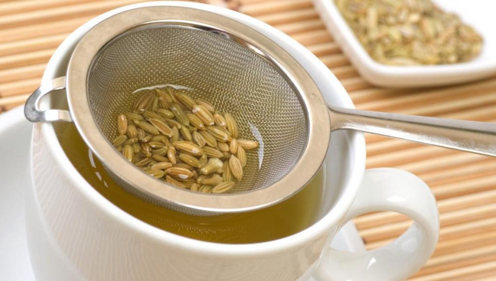 Usos y beneficios del té de hinojo