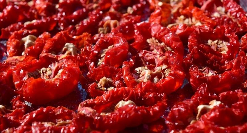 Tomates disecados o secos