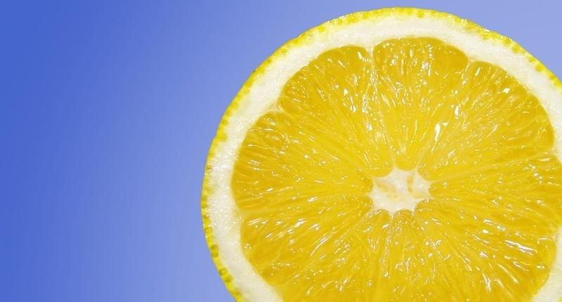 Exfoliante corporal de miel y limón