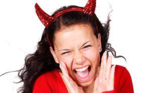 Estrés premenstrual: Problemas en menstruación, Causas, Síntomas y Tratamientos