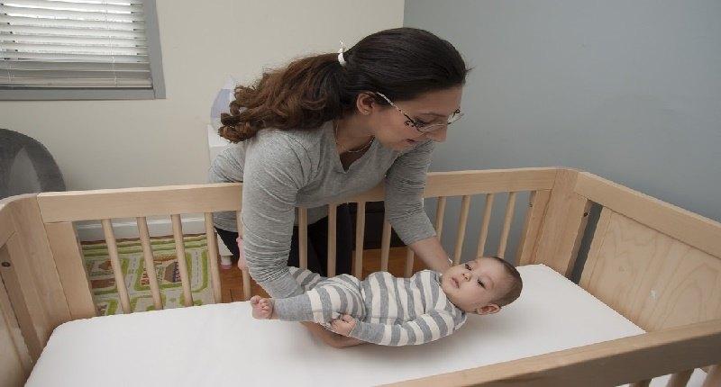 qué tan efectivas son las barreras de camas para bebés