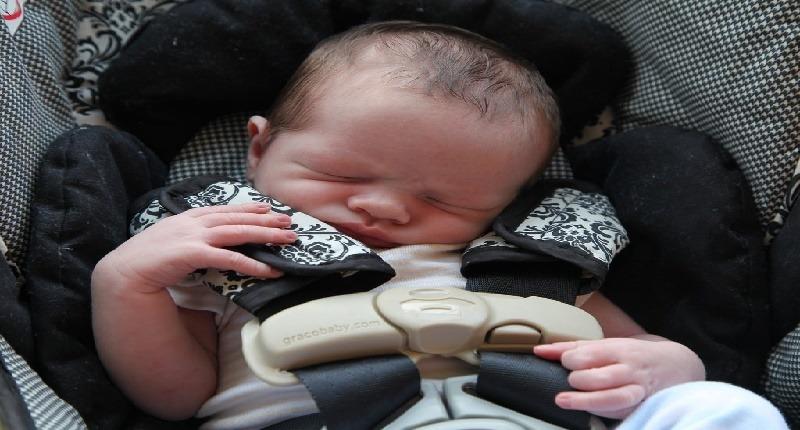 Mejores espejos retrovisores para beb s de todos los tipos for Espejo para mirar bebe auto