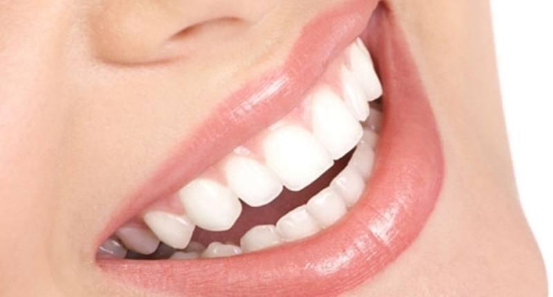 uvas pasas en el cuidado dental