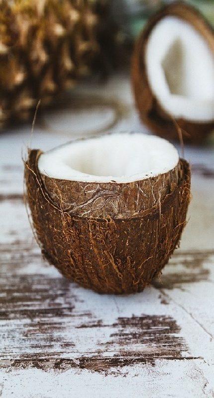 beneficios del Como utilizar el Aceite de Coco en la cara y el cuerpo