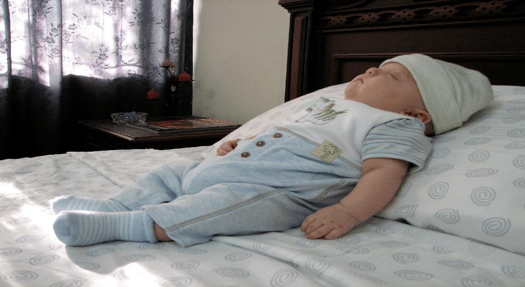 almohadas para plagiocefalia según la edad del bebé