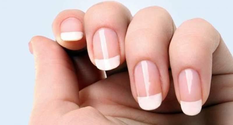 Infecciones en los tejidos que se encuentran alrededor de las uñas como efecto adverso en el uso de cuticlin