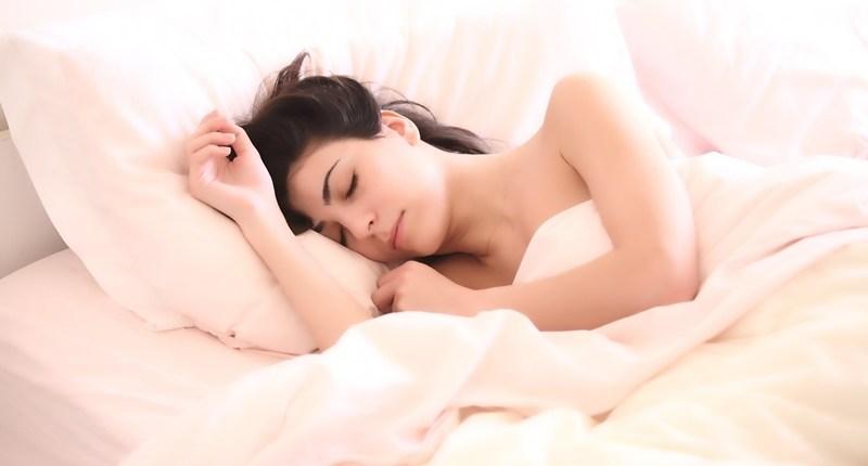 Dormir poco