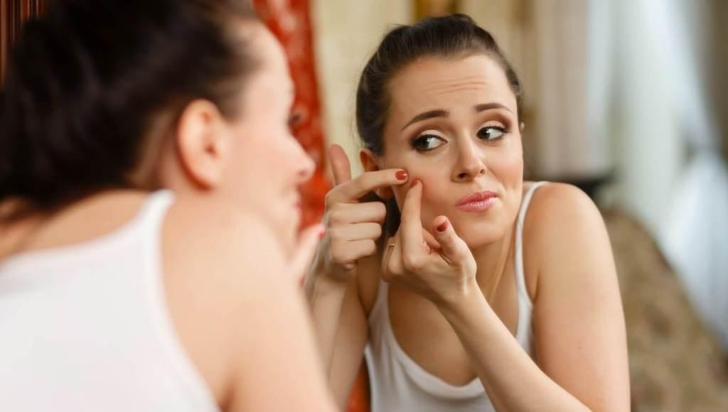En los adolescentes ¿es normal al acné cosmético?