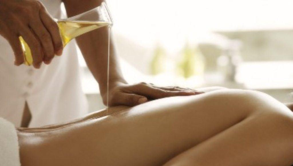 ¿Cómo se utiliza para los masajes el aceite de canela?