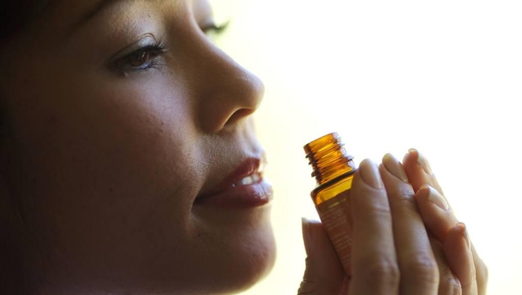 Aromaterapia aceite azahar