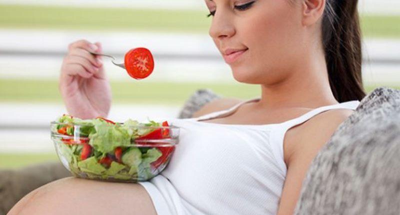 Dieta y cuidados para el crecimiento de la barriga en el embarazo