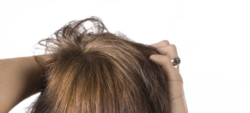 mujer de puntas secas