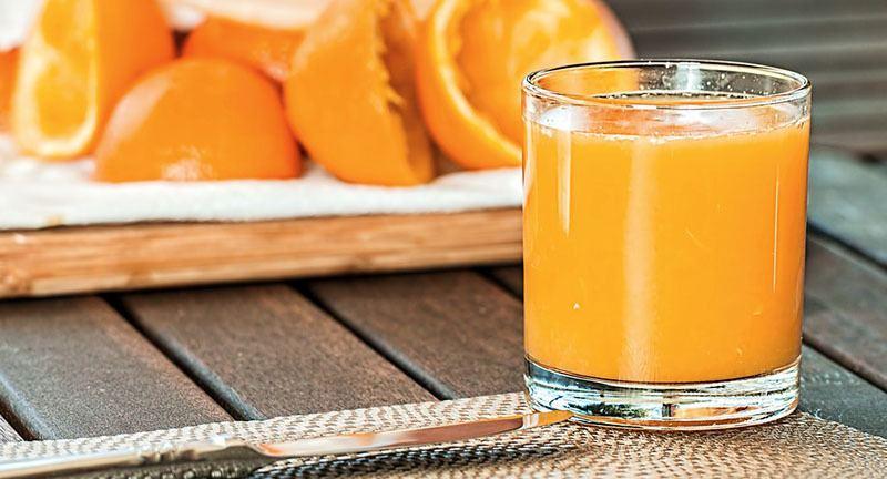 Zumo de naranja y sus beneficios para la salud de las uñas