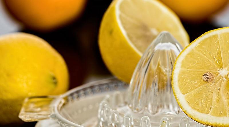 Exprimidor de limón para limonada
