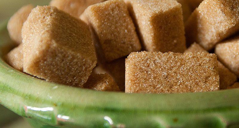 Azúcar de coco en terrones