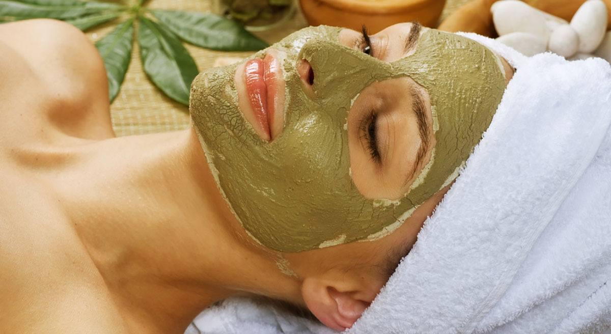 El ácido succínico de la máscara para los cabellos las revocaciones
