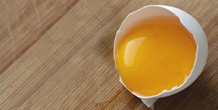 Tratamiento natural para el acné con huevo