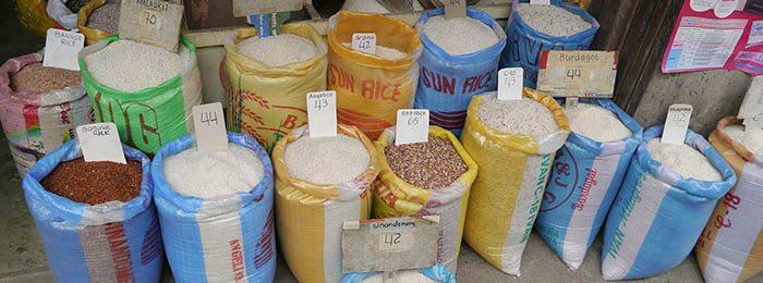 Tipos de arroz en tiendas, incluido arroz integral