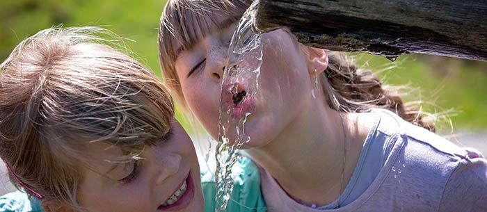 Beber agua para tener una piel perfecta