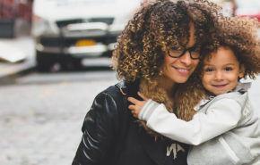 ¿13 Consejos de cómo cuidar el cabello rizado y afro?