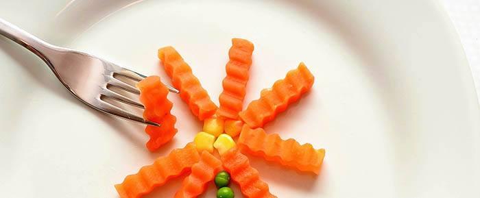 Consumir zanahoria cruda o cocida