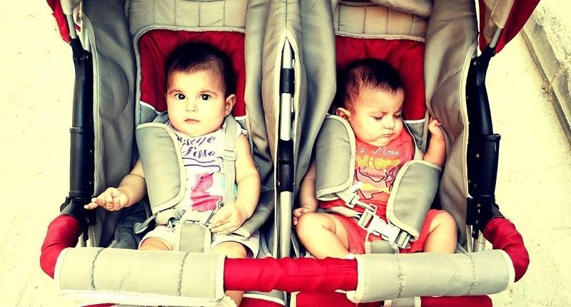 Sistemas de retención para sentar al bebé