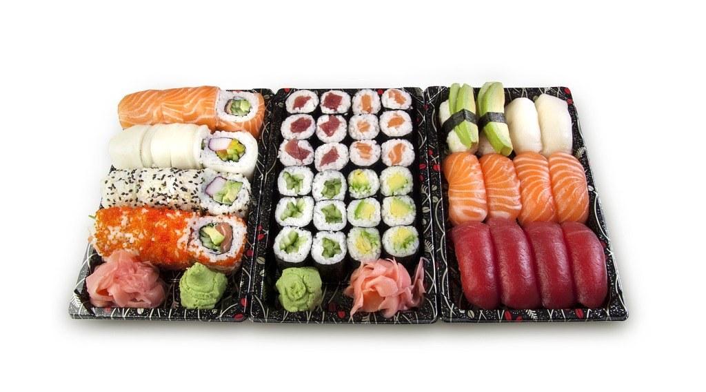 sushi con wasabi