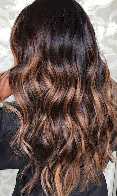 cabello claro oscuro