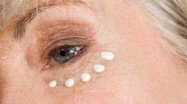 Los 6 Mejores Contornos de ojos para mujeres de 50 años