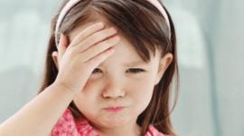 Cuando preocuparse por un dolor de cabeza en niños