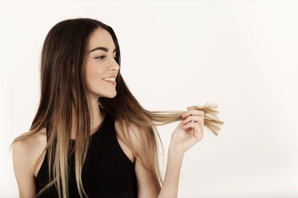 beneficios aguacate cabello